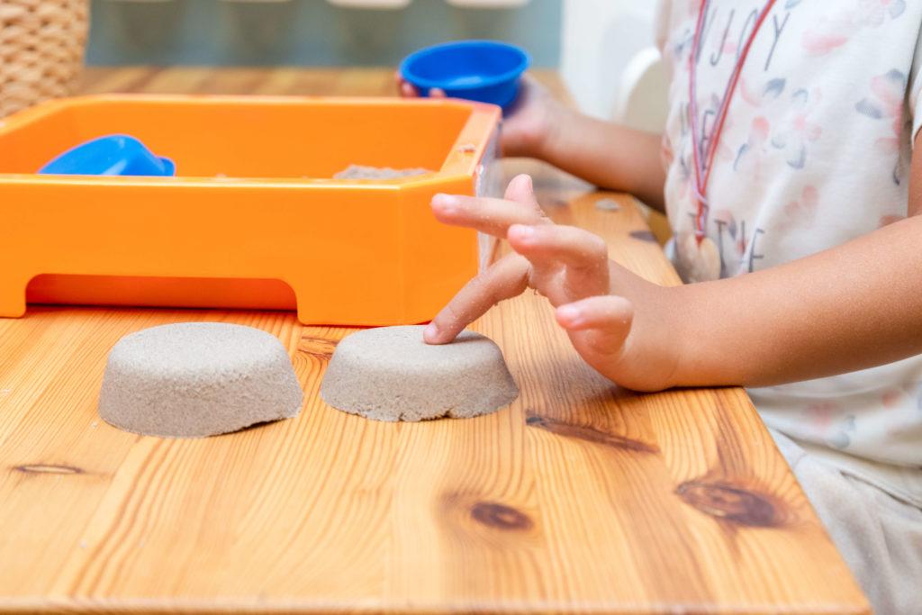 טיפול ברגישות יתר אצל ילדים | אריאלה ליבנה - מטפלת בשיטת אלבאום