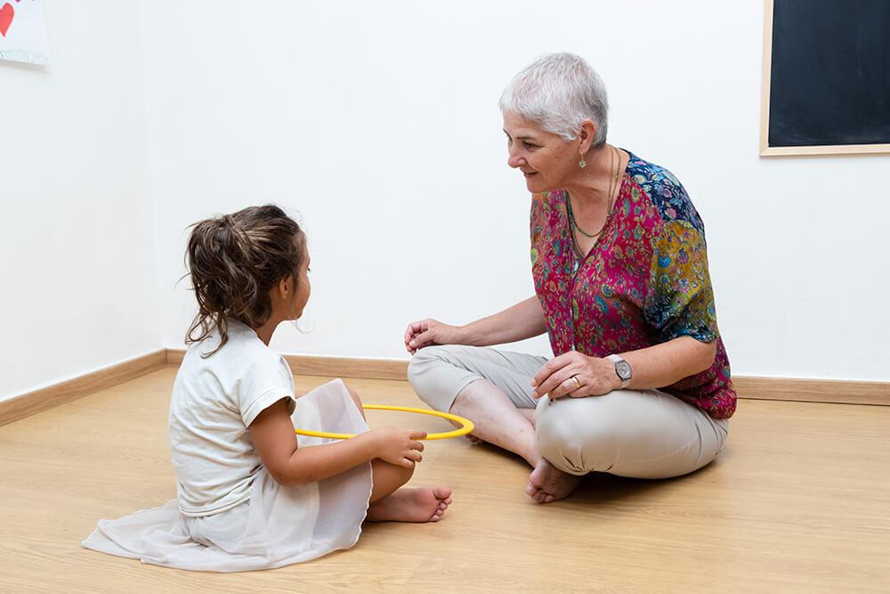 טיפול בקשיים חברתיים אצל ילדים | אריאלה ליבנה - מטפלת בשיטת אלבאום