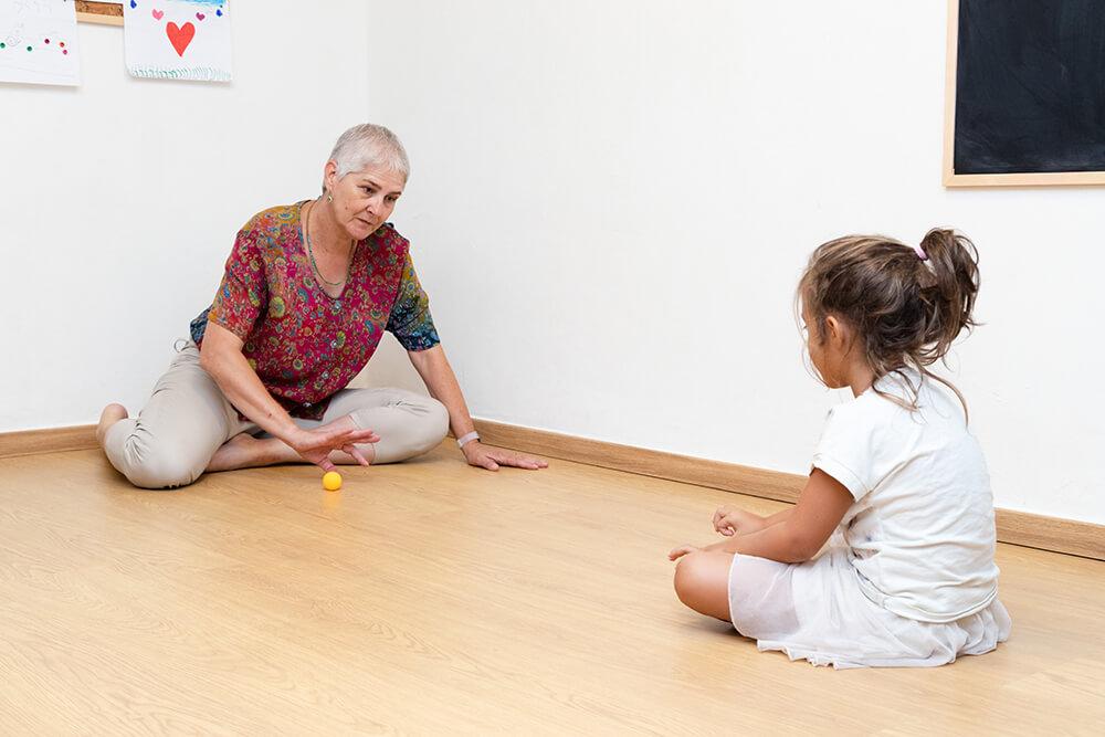 קשיים חברתיים, טיפול בילדים בשיטת אלבאום | אריאלה ליבנה - מטפלת בשיטת אלבאום